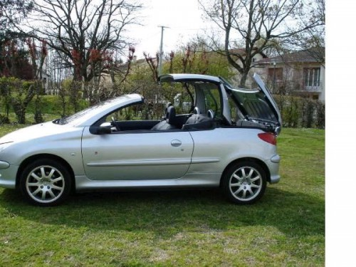 used peugeot 206 coupe cabriolet cars second hand peugeot 206 coupe cabriolet. Black Bedroom Furniture Sets. Home Design Ideas